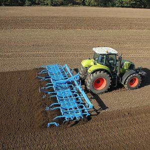 Почвообработваща техника